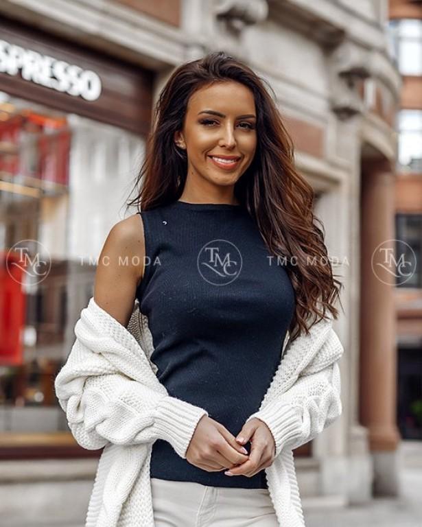 361088875ec2 Vyzerajkrasne.sk - štýlové dámske oblečenie
